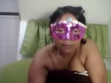 mommyboobssucker video from Chaturbate