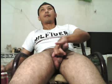 luiznovo private show video from Chaturbate