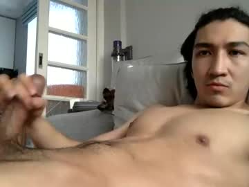 thick335 blowjob video from Chaturbate.com