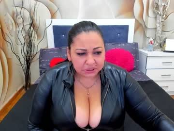 xqueenashantyx record webcam video from Chaturbate