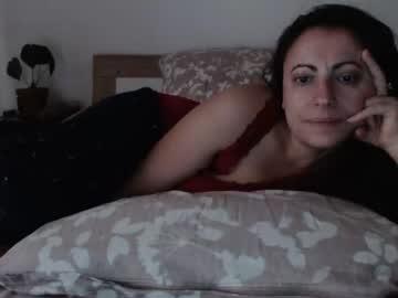 taniyushka webcam video from Chaturbate.com