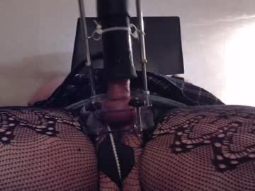 joelynne record blowjob video from Chaturbate