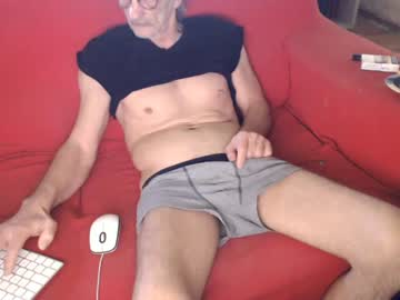 daddylove2017 public webcam from Chaturbate.com