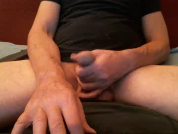 632nycguy632 chaturbate show with toys