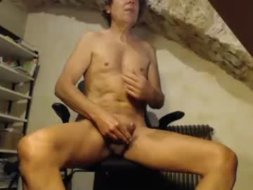 leon2002 record private show from Chaturbate.com