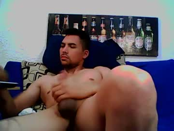 sexjovenkkk public show from Chaturbate