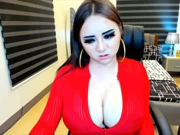 0hcum2mytitsxx record blowjob video from Chaturbate