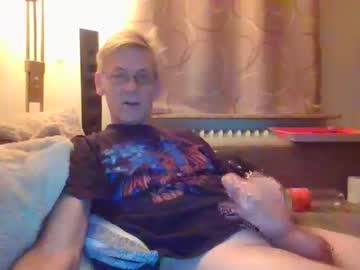 shaggy1969 video with dildo from Chaturbate.com