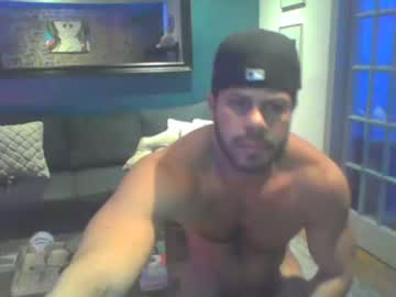 thickdickbro82 record video with toys from Chaturbate.com