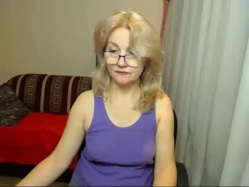 donnaklark record blowjob video from Chaturbate.com