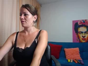 kiara0498 blowjob video from Chaturbate