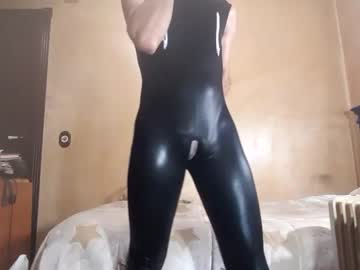 chicohuelva75 video from Chaturbate
