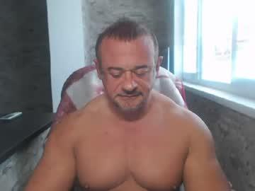 artoriuskastus video with dildo from Chaturbate.com