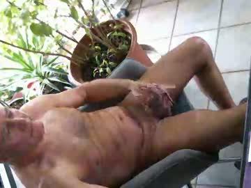 040958 chaturbate video with dildo