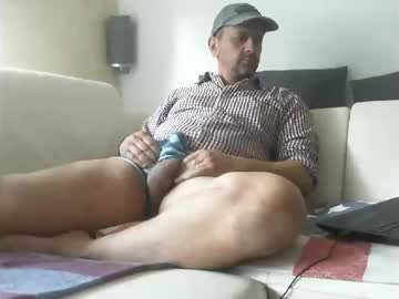 zeiggeil42 private XXX show from Chaturbate.com