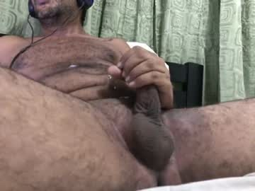 alejohot29 chaturbate show with cum