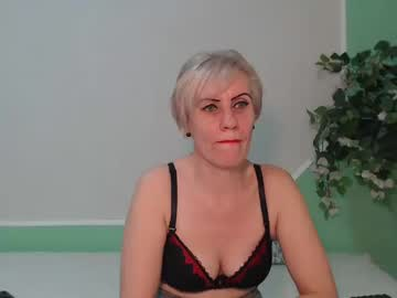 00cleopatra show with toys from Chaturbate.com