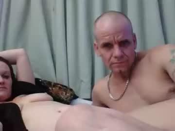 ryanellaxxx show with cum