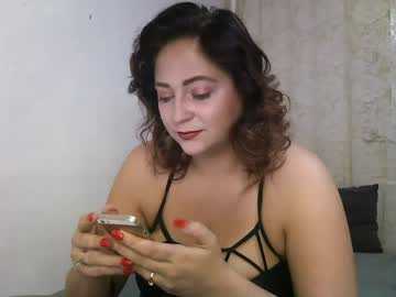 butterflywtf public webcam video from Chaturbate