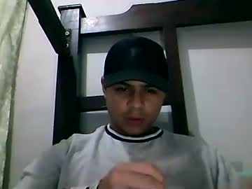 yigoloy_12 chaturbate show with cum