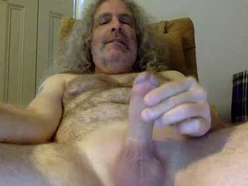 chris40469 blowjob show from Chaturbate.com