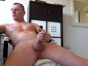 pappnase111 chaturbate show with cum