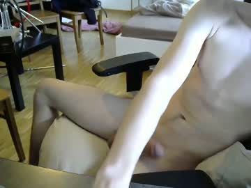 sweet18andhorny video with dildo