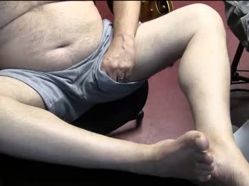 tommytrunes chaturbate cam show