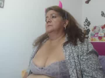 stefany_belly cam video from Chaturbate.com