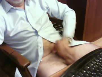 hornybeast72 private show from Chaturbate