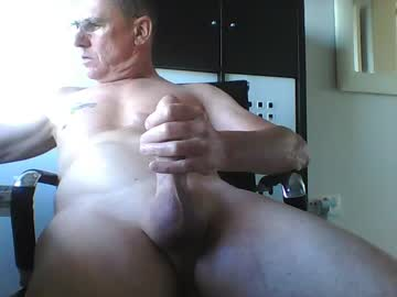 pappnase111 cam video from Chaturbate.com