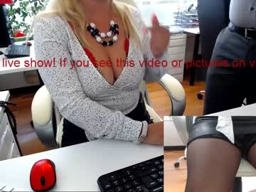 milf_viktoria private show from Chaturbate