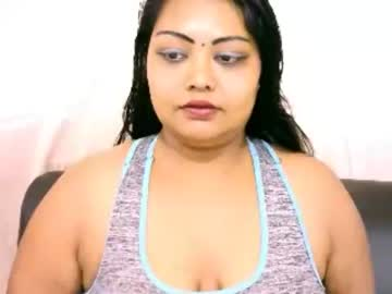 indianivy2 video with toys from Chaturbate.com