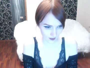 momnumberone webcam show