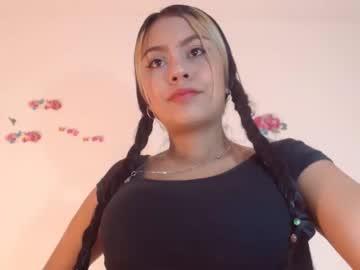 valentinax_luvx video with dildo