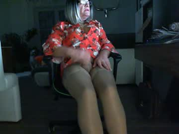 dwtcarola record webcam show from Chaturbate