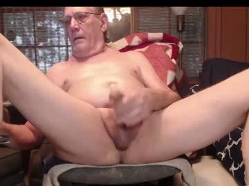 johnnyblues52 private webcam from Chaturbate.com
