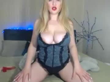 dolcevita1230 blowjob video from Chaturbate