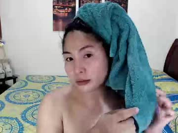 sexyshainets record blowjob video from Chaturbate