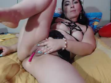 eileen_yalena_hot record premium show video from Chaturbate