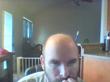 bearded_throbber record blowjob video from Chaturbate