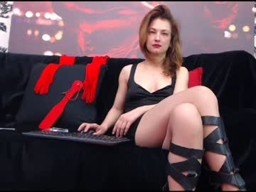 goddess_laura show with toys from Chaturbate