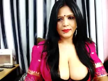 indianburfee record webcam video from Chaturbate.com