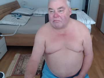jumbolino333 webcam show from Chaturbate.com