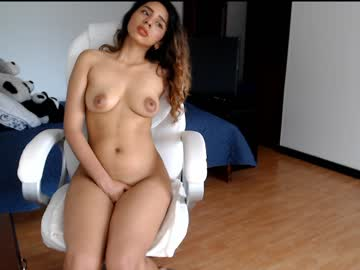 kendall_lenna webcam video from Chaturbate.com