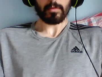 uklad2106 record public webcam video from Chaturbate