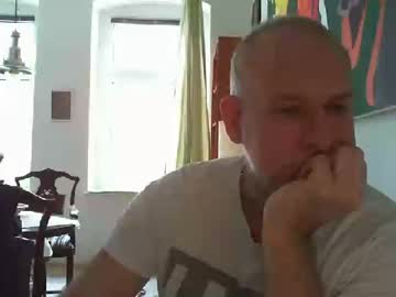 mojomd public show video from Chaturbate.com