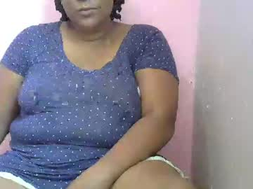 sweetlinexxx public show video from Chaturbate.com