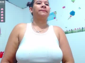 alison_wolf video with toys from Chaturbate.com