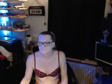 hotdutchy7 record show with cum from Chaturbate.com